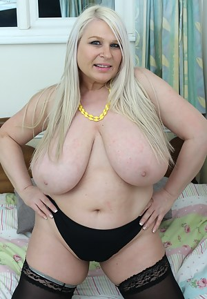 Fat MILF Tits Porn Pictures